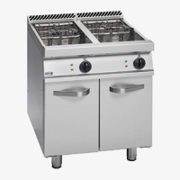 700 Range Fryers 01