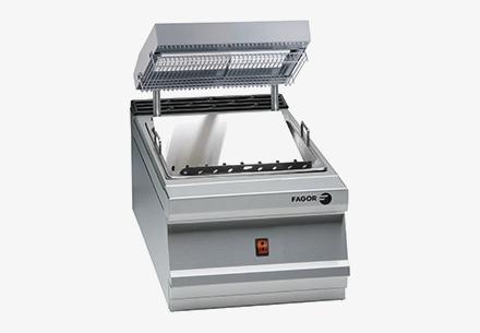 900-plus-range-chips-scuttle-2