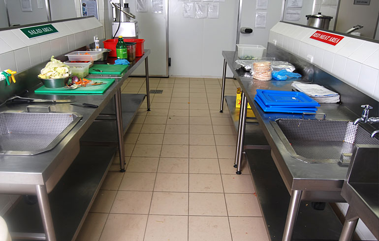 midmed-hospital-catering-equipment-lead-prep-area