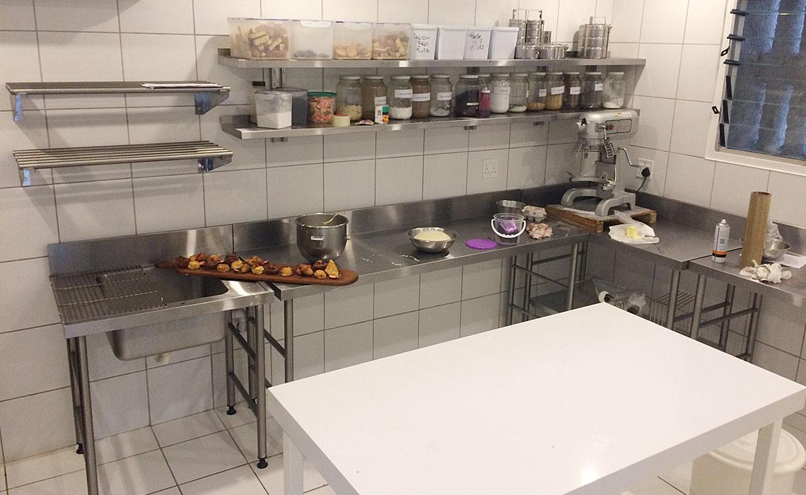 combi-steamers-conveyor-hoodtype-dishwashers-grillers 3