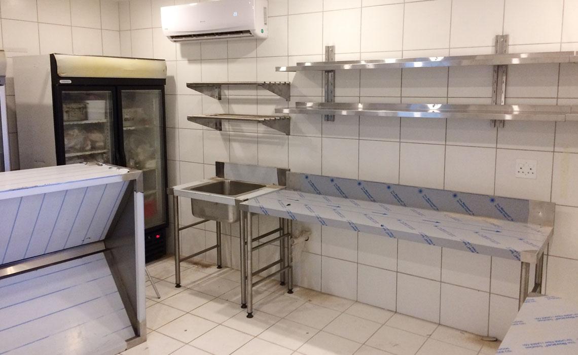 combi-steamers-conveyor-hoodtype-dishwashers-grillers 7