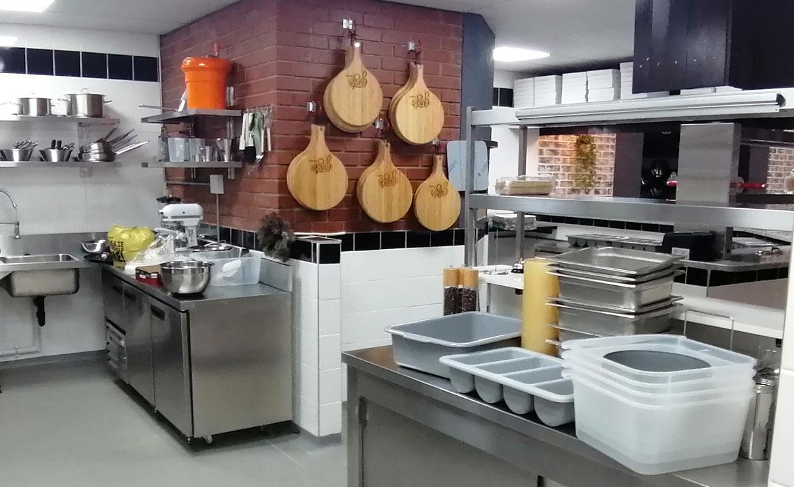 gusto-pasta-bar-catering-equipment 14
