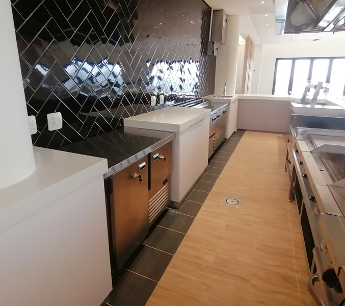 made-to-order-food-preparation-kitchen-space