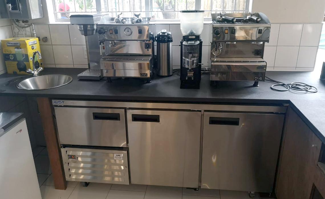 nkuhlu-picnic-site-kitchen-installation-kruger